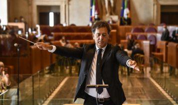 Andrea Morricone dirige l'orchestra dell'Accademia nazionale di Santa Cecilia, Campidoglio 17 luglio 2020