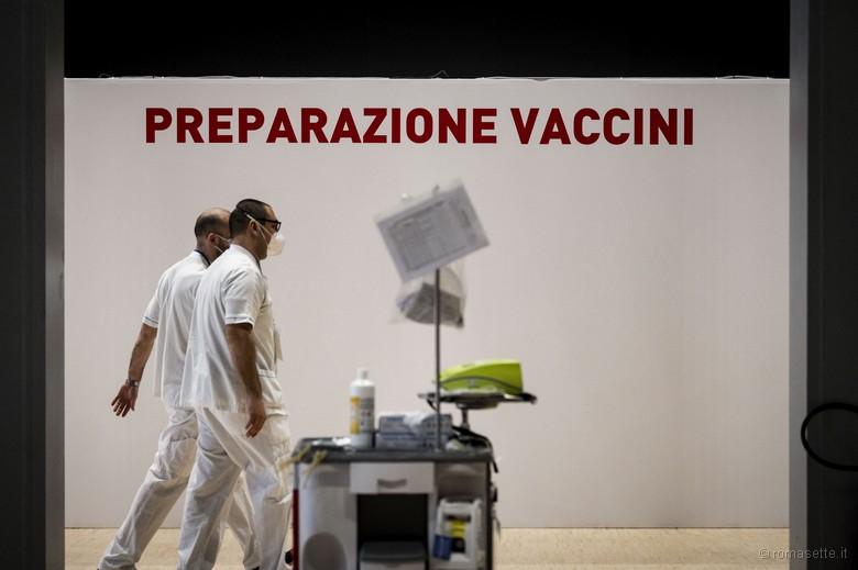 Hub vaccini covid-19, Centro vaccinazione Roma Eur, marzo 2021