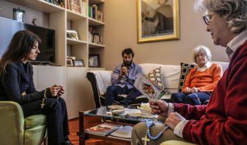 Rosario per l'italia, preghiera in famiglia, coronavirus