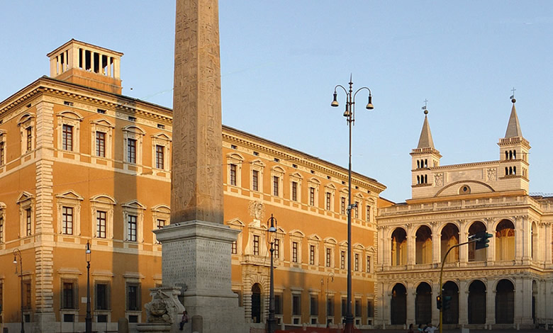 Vicariato di Roma, piazza san Giovanni in Laterano